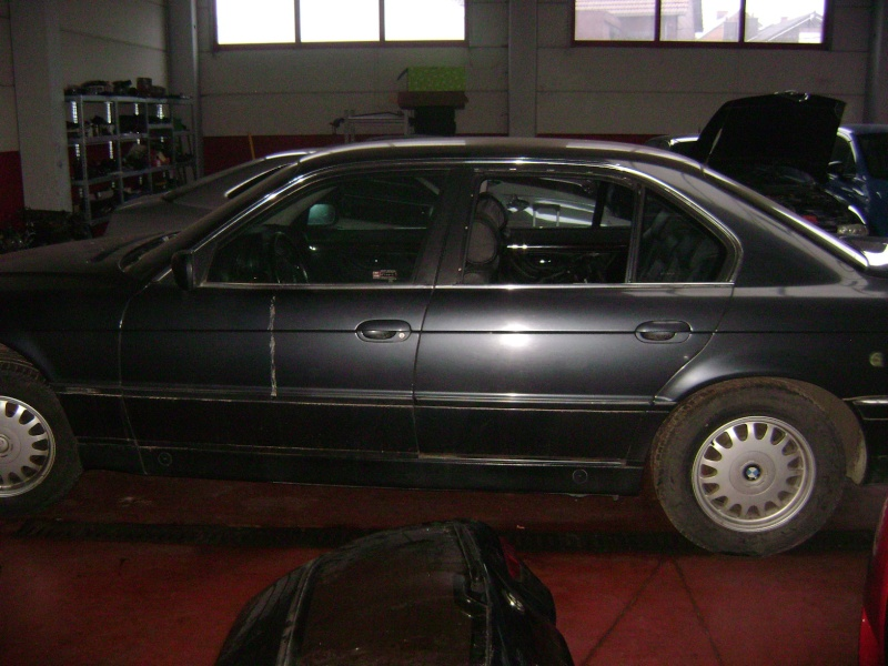 Mon autre: BMW 730i Fjordgrau de 1995 Dsc00412
