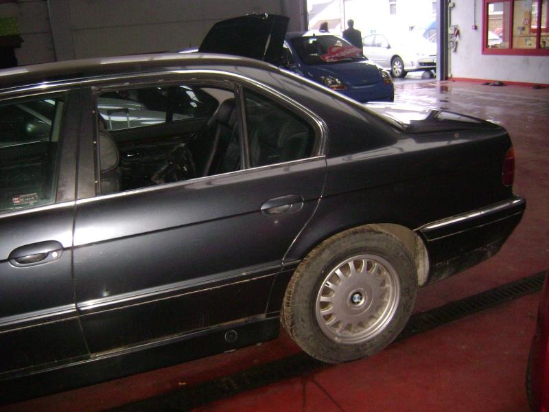 Mon autre: BMW 730i Fjordgrau de 1995 Dsc00414