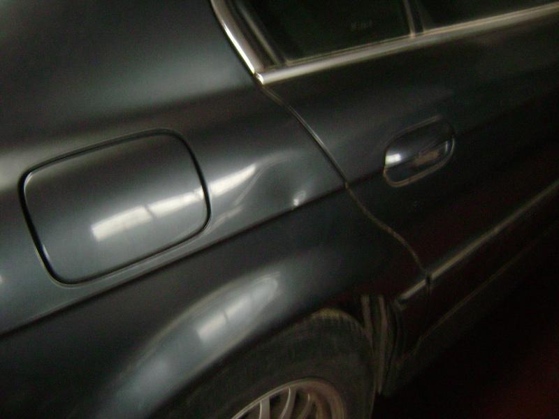 Mon autre: BMW 730i Fjordgrau de 1995 Dsc00416