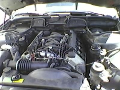 Mon autre: BMW 730i Fjordgrau de 1995 Moteur10