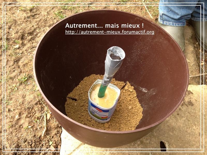 """Un pot """"à réserve d'eau"""" à partir de n'importe quel pot Img_0632"""