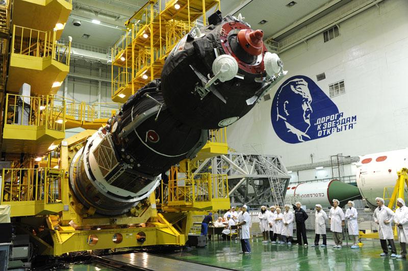 Lancement & fin de mission de Soyouz TMA-10M  - Page 2 Soyuz107