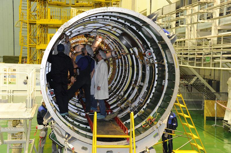 Lancement & fin de mission de Soyouz TMA-10M  - Page 2 Soyuz110