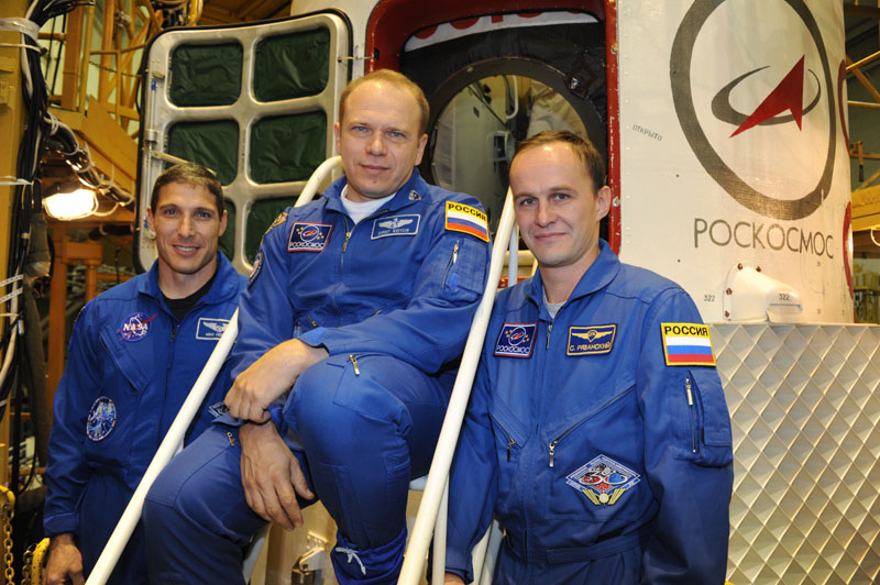 Lancement & fin de mission de Soyouz TMA-10M  - Page 2 Soyuz111