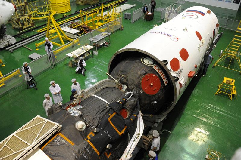 Lancement & fin de mission de Soyouz TMA-10M  - Page 2 Soyuz115