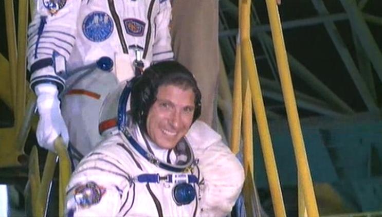 Lancement & fin de mission de Soyouz TMA-10M  - Page 3 Soyuz122