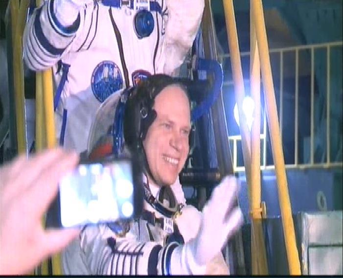 Lancement & fin de mission de Soyouz TMA-10M  - Page 3 Soyuz123