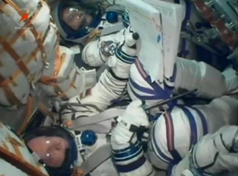Lancement & fin de mission de Soyouz TMA-10M  - Page 3 Soyuz130