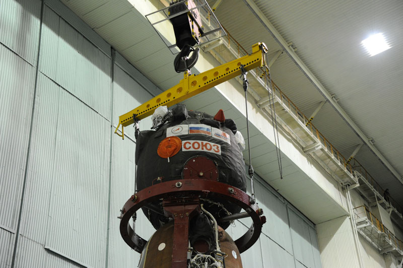 Lancement & fin de mission de Soyouz TMA-10M  Soyuz_72
