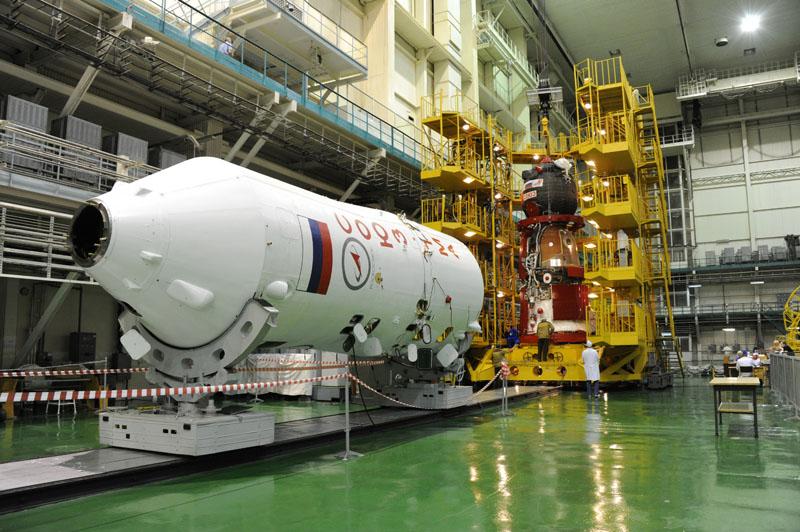Lancement & fin de mission de Soyouz TMA-10M  - Page 2 Soyuz_78