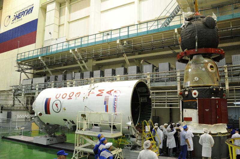 Lancement & fin de mission de Soyouz TMA-10M  - Page 2 Soyuz_86