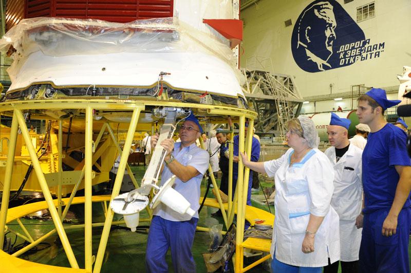Lancement & fin de mission de Soyouz TMA-10M  - Page 2 Soyuz_88