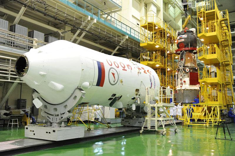 Lancement & fin de mission de Soyouz TMA-10M  - Page 2 Soyuz_90