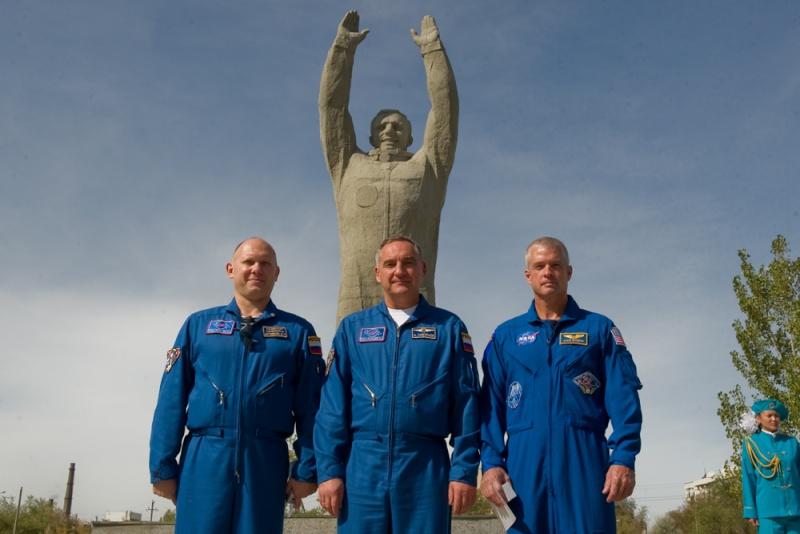 Lancement & fin de mission de Soyouz TMA-10M  - Page 2 Soyuz_95