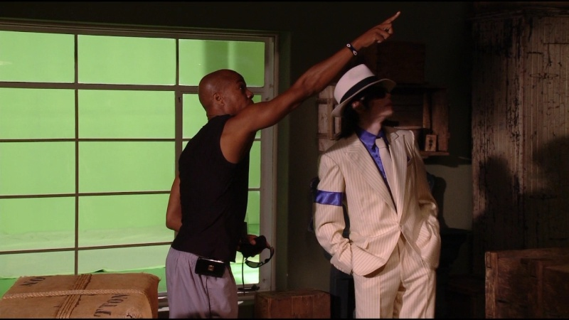 [DL] Rare Making Of Smooth Criminal THIS IS IT + Clipe Smooth25