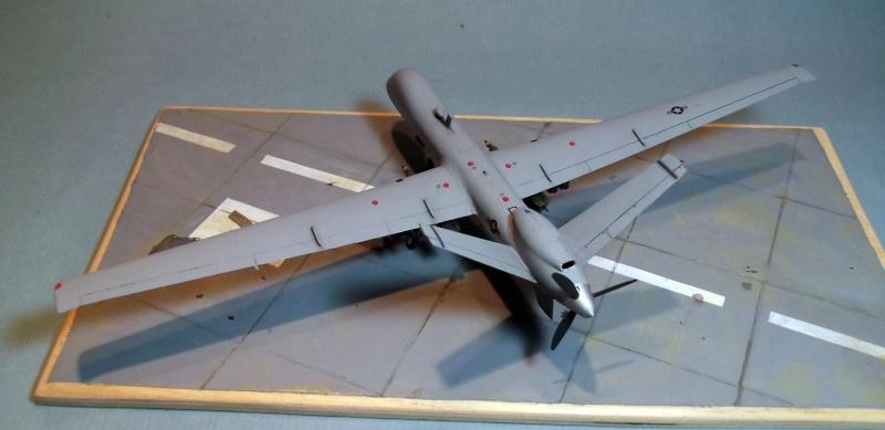 [Italeri] Drone MQ9 Reaper Dscf2871