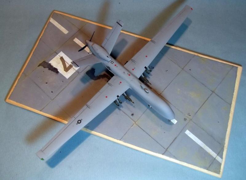 [Italeri] Drone MQ9 Reaper Dscf2875
