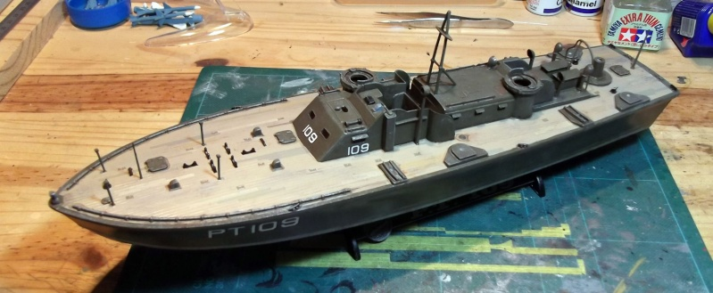 Revell - Torpedo Boat - PT109 - 1/72 - Page 2 Pt_3110