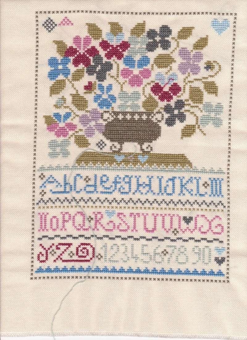 SAL Sauvage Tralala Bouquet Violettes et Myosotis - Page 7 Sal_sa12