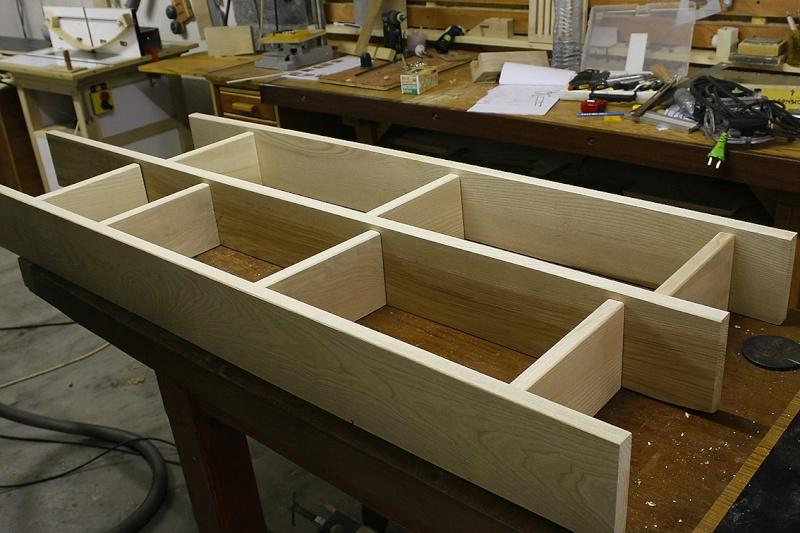 [Fabrication] Une modeste étagère en pignon. 1a-mon10