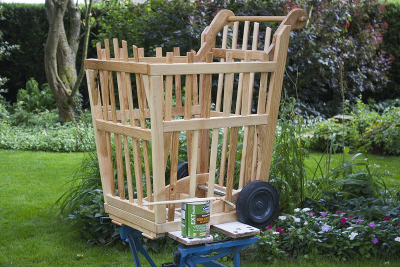 [Fabrication à la Domino] Un Chariot pour bois de chauffage - Page 2 Satura10