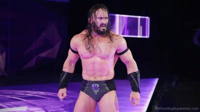 BREAKING : La WWE met fin au contrat de Neville Adrian10