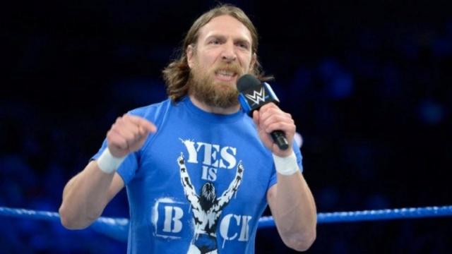 Bryan a signé un nouveau contrat Daniel10