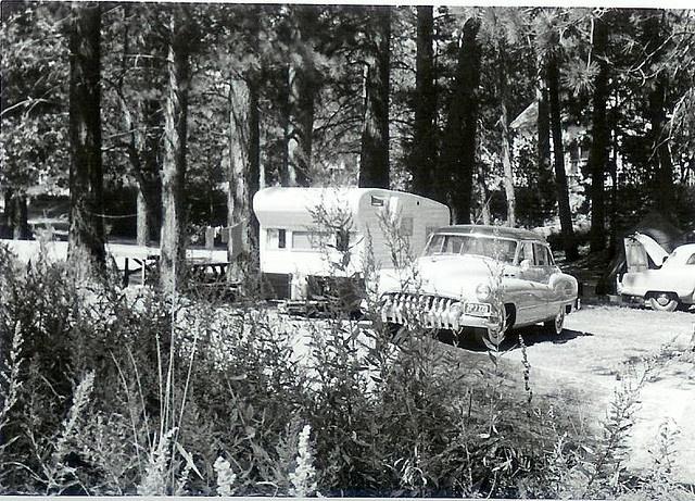 Auto + Caravane Campin11