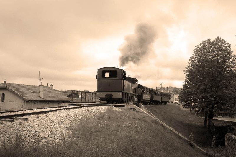 Locomotives et trains vintages Img_7415
