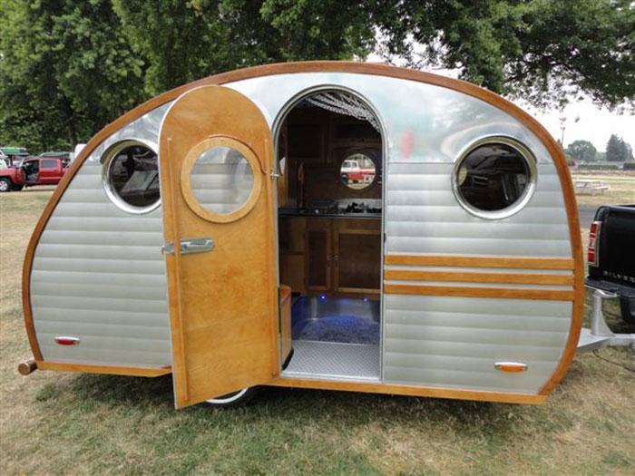 Auto + Caravane Scotty11