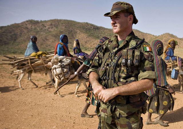 Armée Irlandaise/Irish Armed Forces Irelan10
