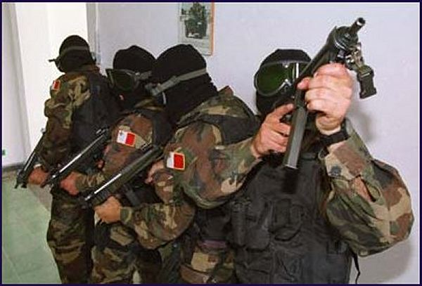Forces Armées Maltaises/Armed Forces of Malta Malte011