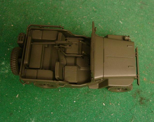 Jeep Willys [Tamiya, oui, mais au 48ème!] Dsc00747