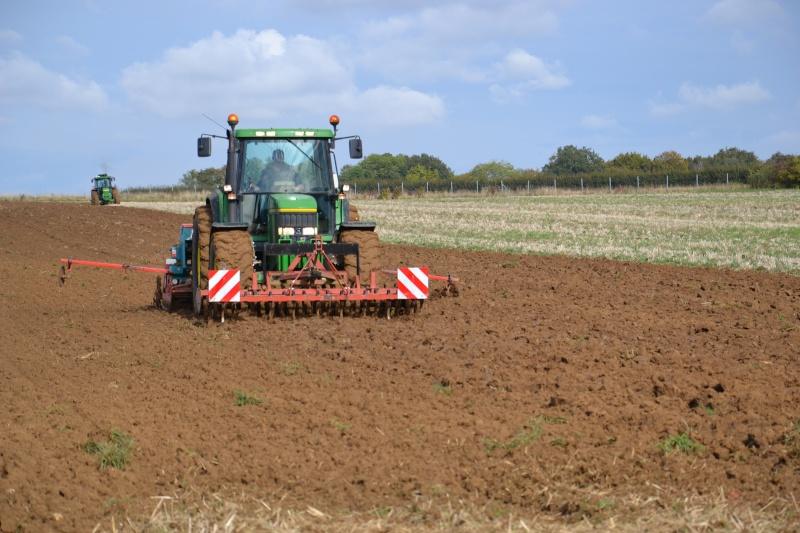 Photos de vos tracteurs - Page 3 Dsc_0011