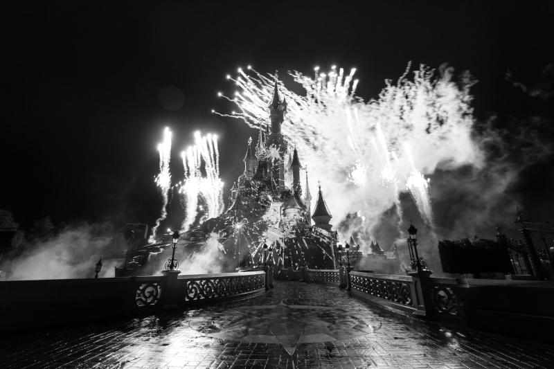 Vos photos nocturnes de Disneyland Paris Img_8010