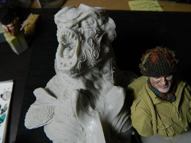 ELIGOR  buste de tres grande taille pegaso Dscn4316