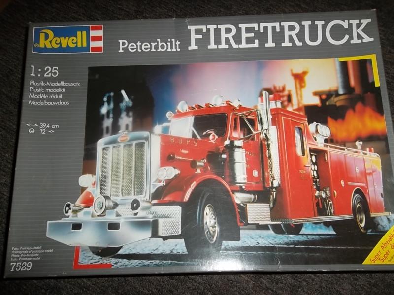 WIP peterbilt custom fire truck 1/25  009_2110