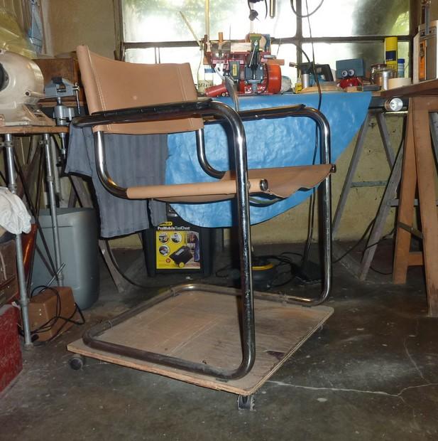 chaise a roulettes maison P1020713