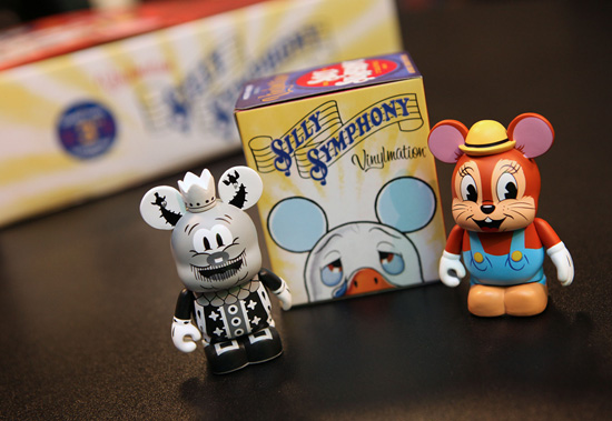 [Collection] Vinylmation (depuis 2009) - Page 37 Vin44610