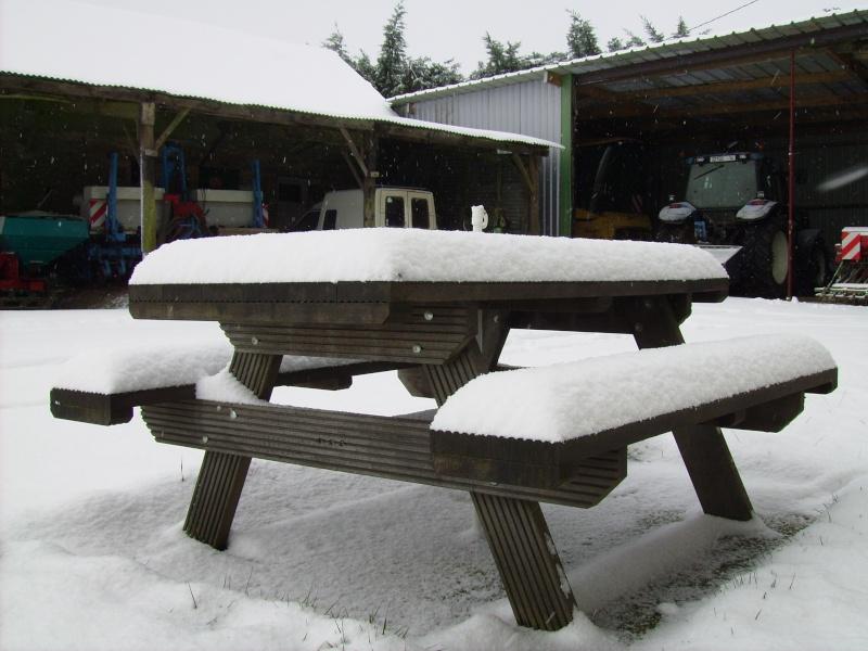 la neige est-elle arrivée chez vous ?  - Page 16 Pict0415
