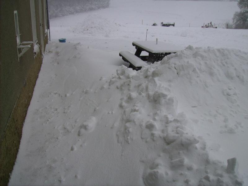 la neige est-elle arrivée chez vous ?  - Page 20 Pict0422