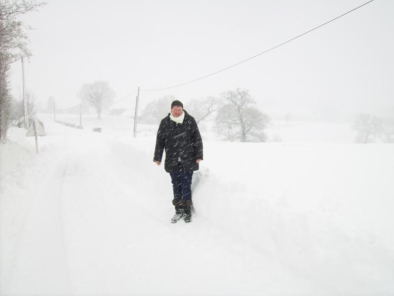la neige est-elle arrivée chez vous ?  - Page 20 Pict0423