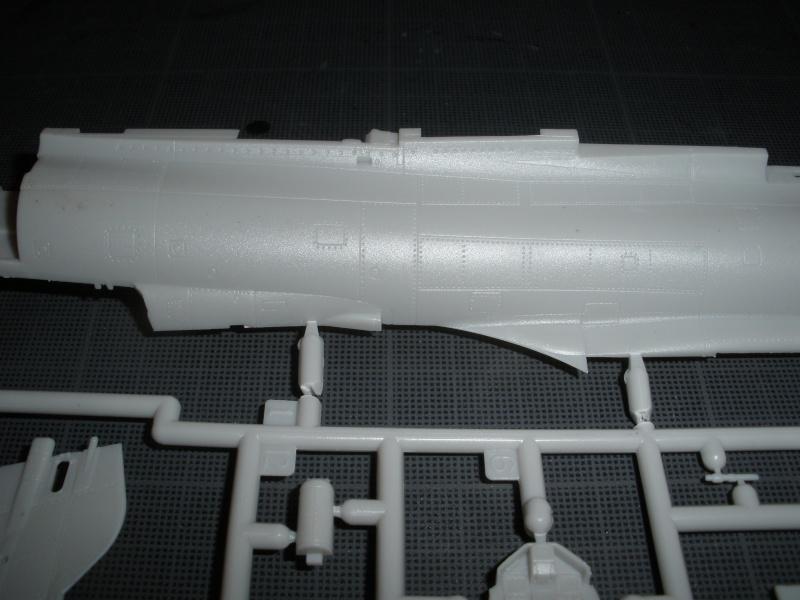 Revue de kit Mirage 2000-C Kinetic 1/48. P4210224