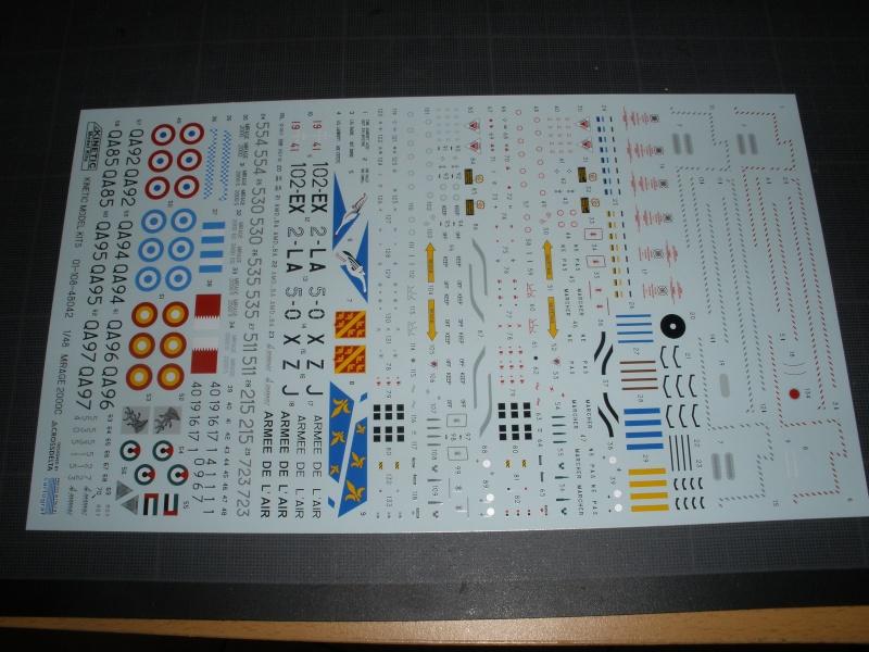 Revue de kit Mirage 2000-C Kinetic 1/48. P4210230