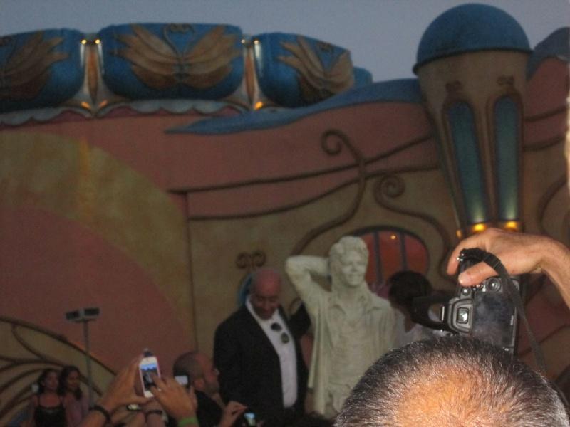 Evento Magicland - Inaugurazione prima statua dedicata a Michael in Italia - Pagina 5 Magicl21