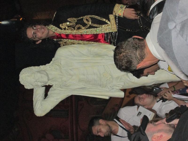 Evento Magicland - Inaugurazione prima statua dedicata a Michael in Italia - Pagina 5 Magicl25