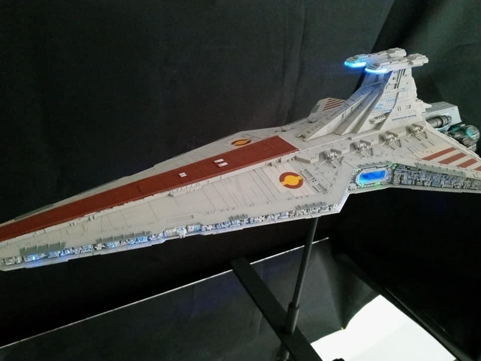 Star Destroyer Venator Revell - Page 2 15849910
