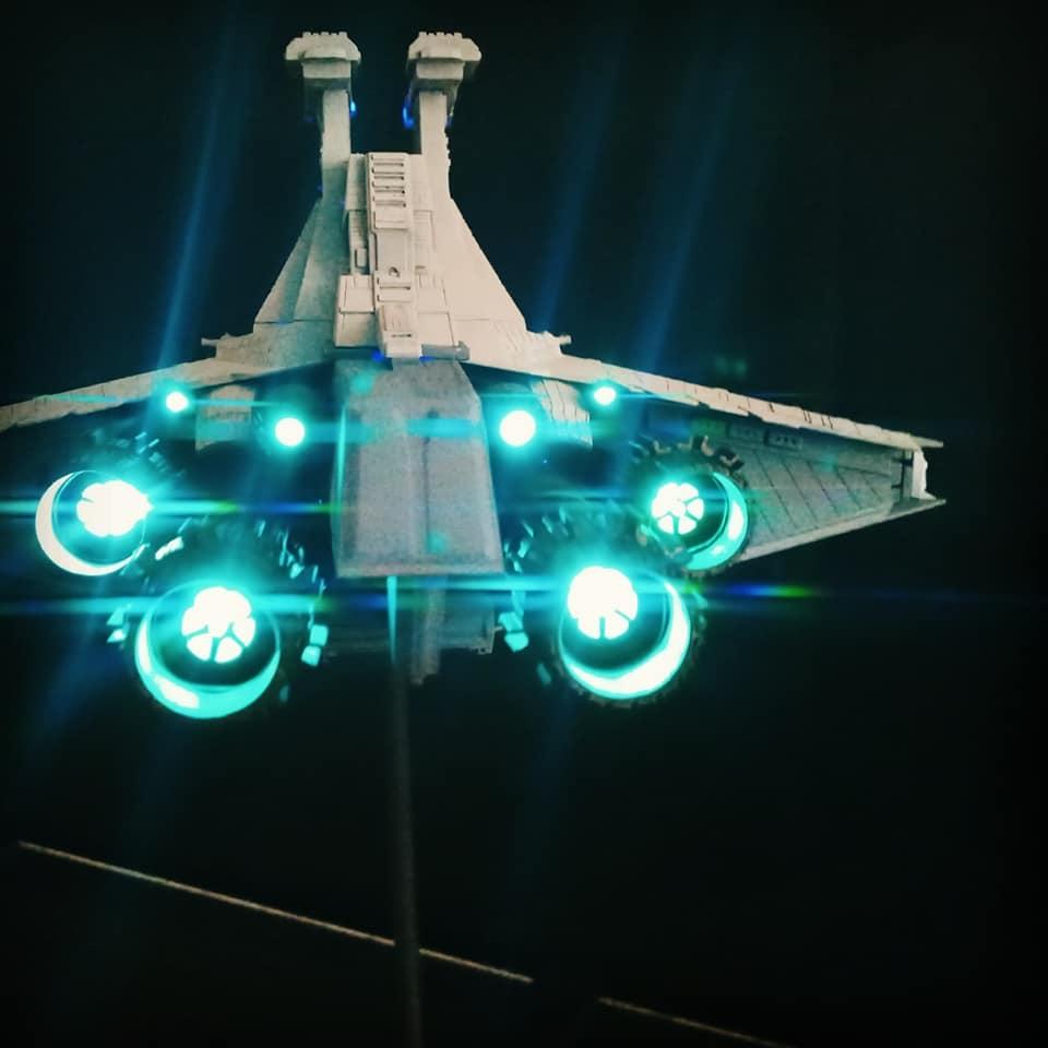 Star Destroyer Venator Revell - Page 2 15854110