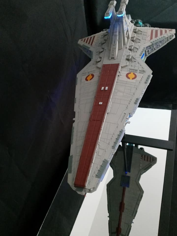 Star Destroyer Venator Revell - Page 2 15854710