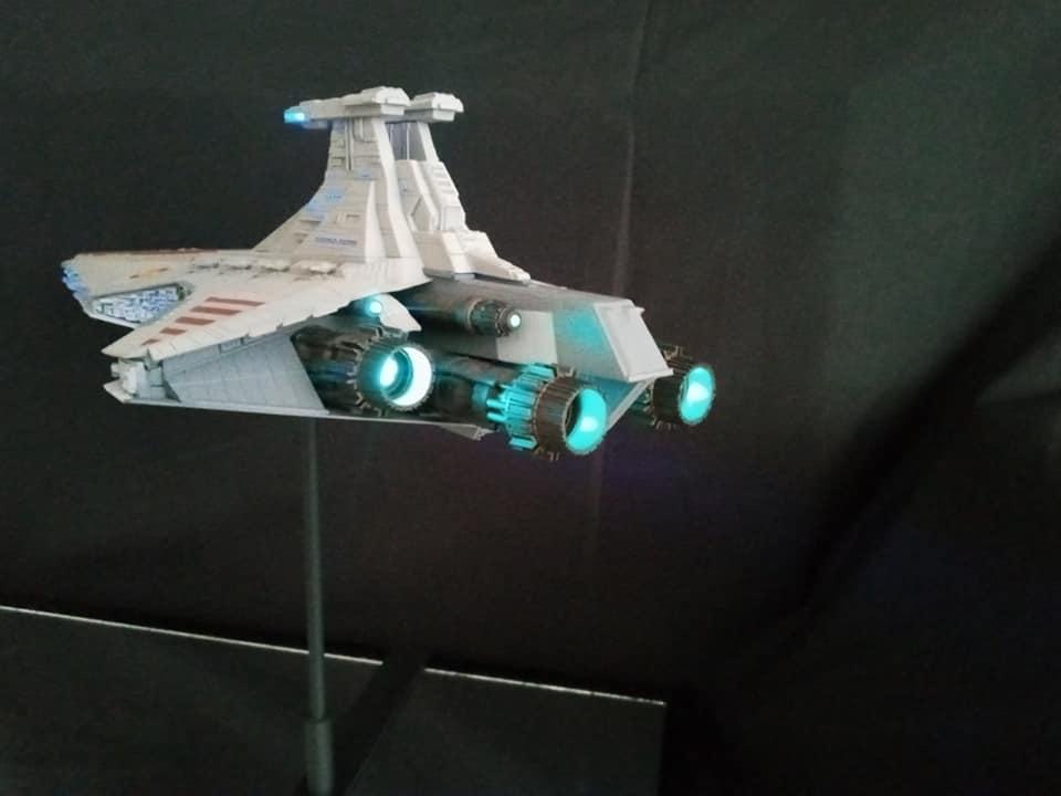 Star Destroyer Venator Revell - Page 2 15888410
